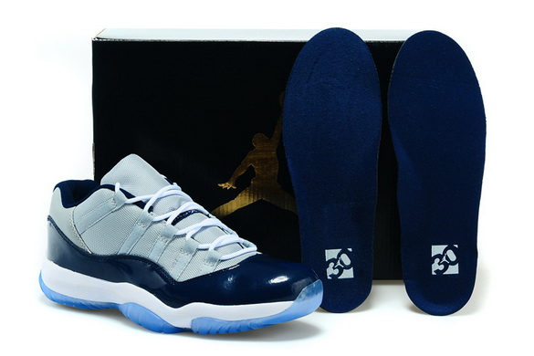 Air Jordan 11 GEORGETOWN Shoes Navy blue/white gray