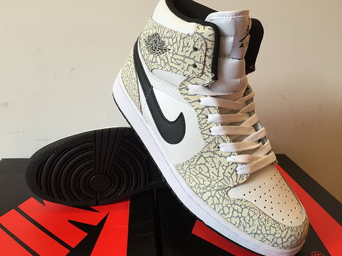 Air Jordan 1 Retro Shoes White/Black