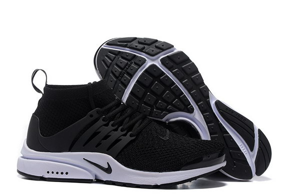Air Presto Ultra Flyknit Shoes Black/White